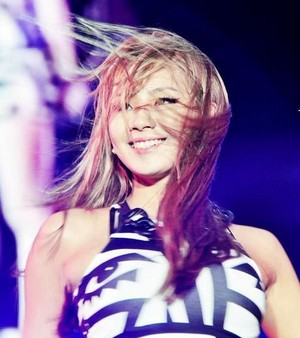 CL queen~Happy Birthday❤ ❥
