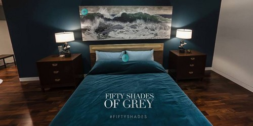 Fifty Shades Trilogy karatasi la kupamba ukuta possibly containing a living room, a family room, and a bedroom called Christians Bedroom