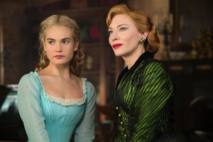 cenicienta Stills Featuring Ella and Lady Tremaine