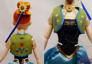 Closer Look at the Disney Store Frozen Fever Anna classic doll