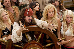 Darrell Hammond as Captain Jack Swallows in 'Epic Movie'