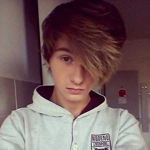 David Six-Hair 2014