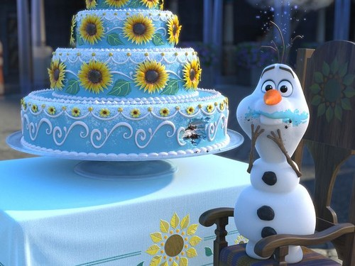 Mason Forever! wallpaper possibly with a cupcake and a bouquet called disney Screencaps - Frozen Fever.