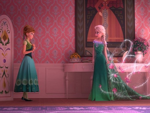 Mason Forever! achtergrond probably containing a bridesmaid, a avondeten, diner dress, and a japon, jurk entitled Disney Screencaps - Frozen Fever.