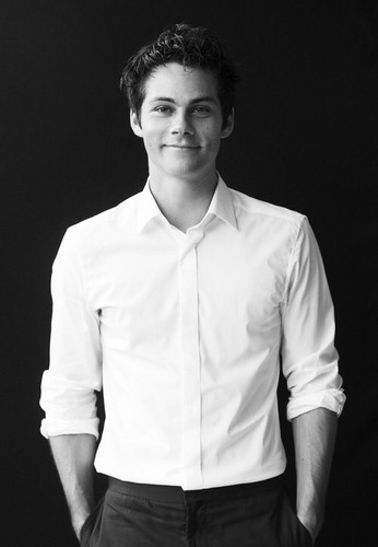 Dylan O'Brien hình nền possibly with a business suit titled Dylan O'Brien