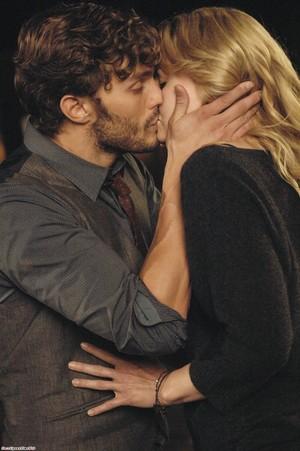 Emma and Graham - 1x07