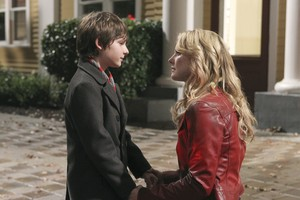 Emma and Henry - 1x08