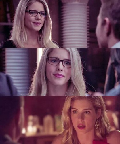 Felicity Smoak kertas dinding with a portrait entitled Felicity Smoak