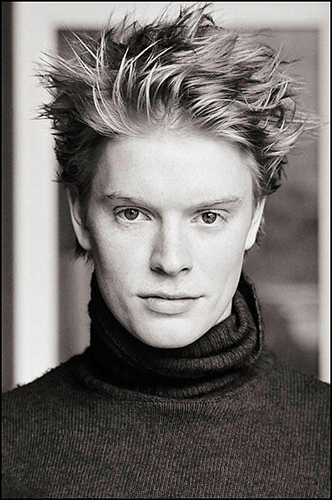 Hottest Actors wallpaper titled Freddie Fox