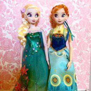 Frozen Fever Elsa and Anna Puppen