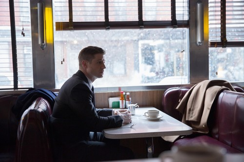 Gotham wallpaper with a dinner table, a brasserie, and a boardroom entitled Gotham - Episode 1.18 - Everyone Has a Cobblepot