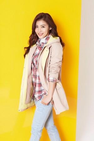 Ha Ji-won for Crocodile Ladies 2015 Spring Collection