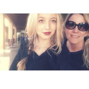 Hana and her mom Sandy