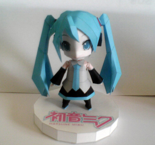 Anime wallpaper entitled Hatsune Miku Papercraft