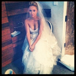 Hayden Brides photoshoot behind the scenes