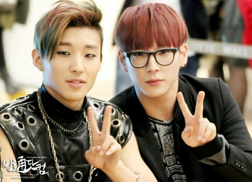 B.A.P Обои probably with an outerwear and a portrait called Himchan~Jongup hotties❤ ❥