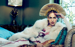 Jennifer Lopez goddess