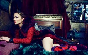 Jennifer Lopez seductive
