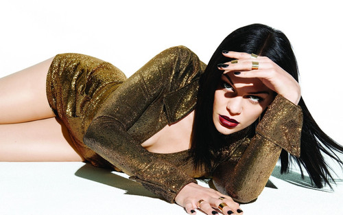 Jessie J achtergrond possibly with a hip boot and a portrait called Jessie J Sweet talker