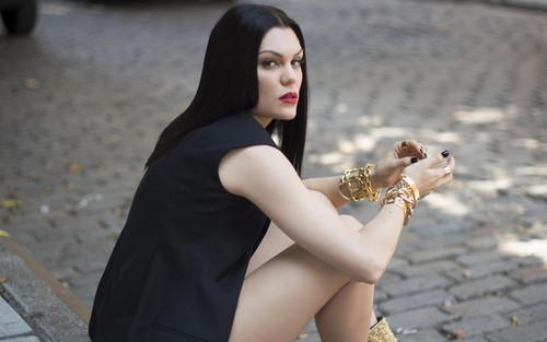 Jessie J 壁纸 entitled Jessie J Sweet talker
