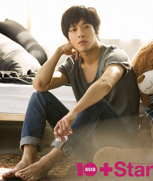 Jung Yonghwa For 10 星, つ星