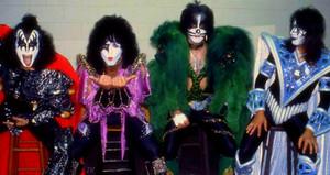 Kiss 1979