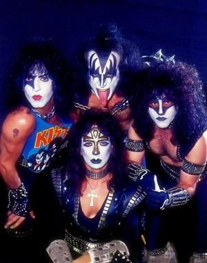 키스 1983