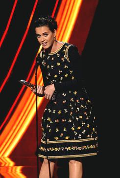 Katy at the 2013 People's Choice Awards