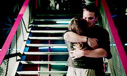 laurier, laurel and Oliver hug