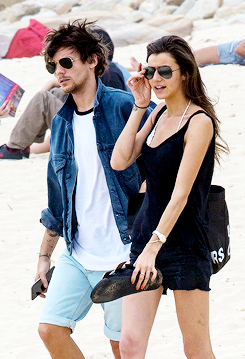 Louis and Eleanor at Bondi pantai