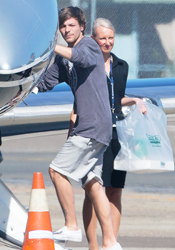 Louis leaving Sydney