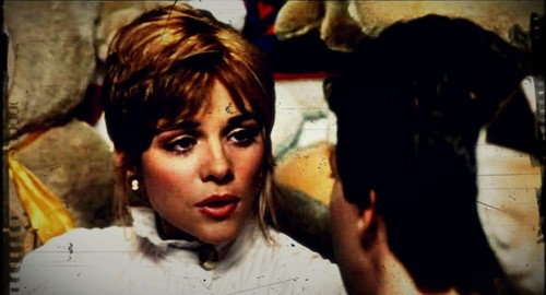 Kim Cattrall 壁纸 probably with a portrait and 日本动漫 called Mannequin (1987)