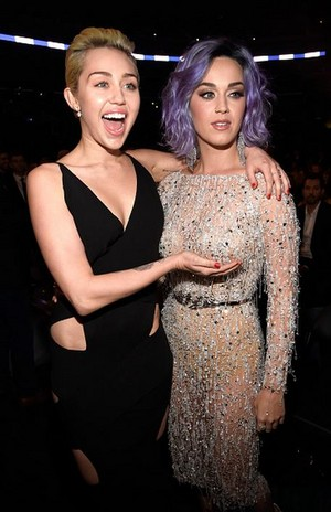 Miley and Katy 2015 Grammys