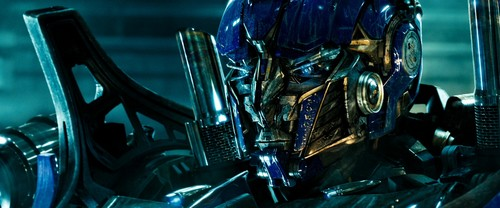 Optimus Prime wallpaper entitled Optimus Prime - Dark of the Moon