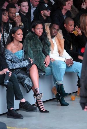 রিহানা at Adidas Originals x Kanye West YEEZY SEASON 1 fashion প্রদর্শনী