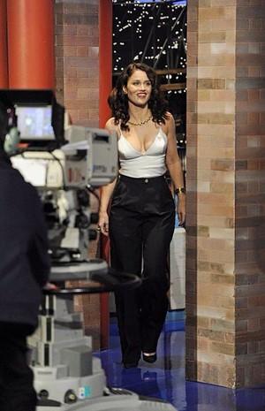 Robin on David Letterman(2015)
