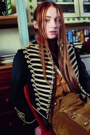 Sophie Turner - InStyle