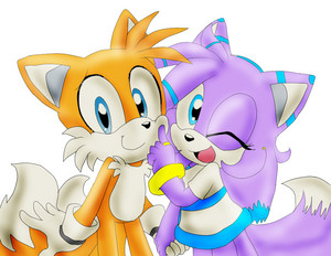 Tails The raposa and Daniela