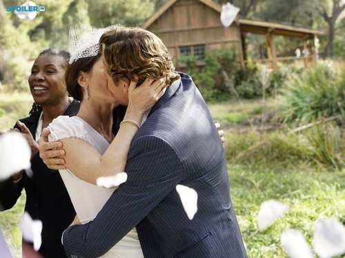 The Mentalist - Episode 7.13 - White Orchids (Series Finale) - First Look Wedding Photos - the-mentalist Photo