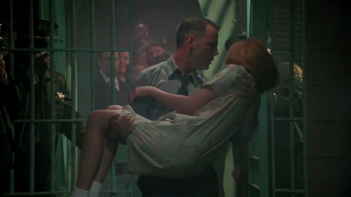 Bruce Willis Обои with a holding cell, a cell, and a penal institution titled The player 1992