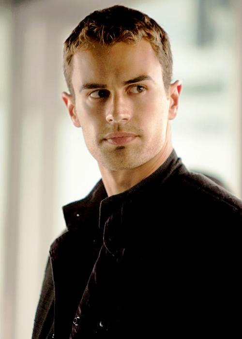 Tobias Eaton - Insurgent: The Movie Photo (38187278) - Fanpop
