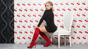 Valentine's dag Divas 2015 - Natalya