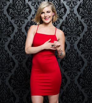 Valentine's hari Divas 2015 - Renee Young