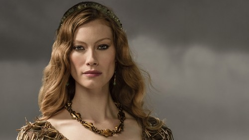 Vikings (TV Series) karatasi la kupamba ukuta probably with a portrait entitled Vikings Aslaug Season 3 Official Picture