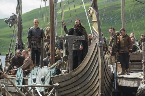 "Vikings (TV Series) karatasi la kupamba ukuta called Vikings ""Mercenary"" (3x01) promotional picture"