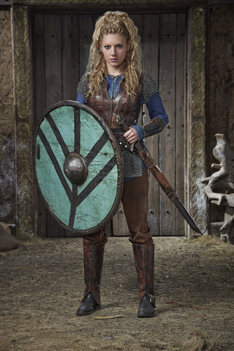 《维京传奇》(电视剧) 壁纸 titled Vikings Season 3 Lagertha Official Picture