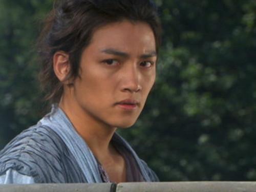 Ji Chang Wook Обои probably containing a balance beam titled Warrior Baek Dong Soo
