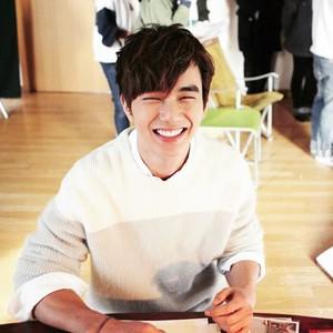 Yoo Seung Ho. February 2015