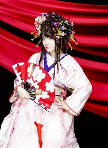 Wagakki Band achtergrond containing a kimono titled Yuko Suzuhana