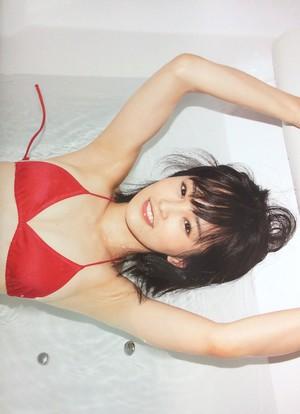 山本彩 SY